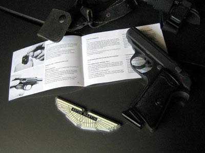 20041114_01.jpg 007 Spy tools