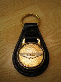 20041118_02.jpg AstonMartin